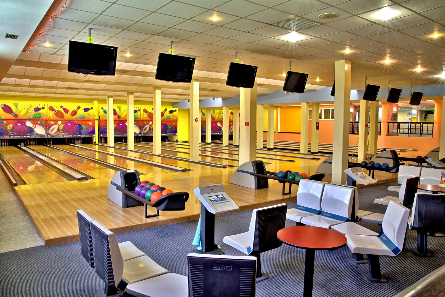 Hotel Duo Sports Center Bowling
